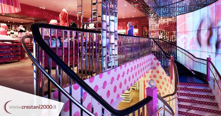 Escalier en acier Victoria's Secret